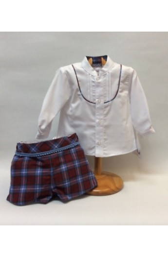 379d26665 Conjunto de niño con el pantalon corto a cuadros y camisa blanca