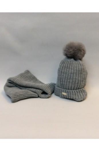 Conjunto de gorro con borla y bufanda braga en color gris de bebe 25ca5fcab59